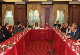 Министър Ангелкова се срещна с представители на смесени палати, камари, клубове и съвети в България.