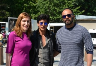 Bollywood star Shahrukh Khan is ready to provide footage to advertise our country in India