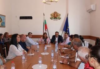 Ще бъде създаден Съвет по проблемите на обучението в туризма към министъра на туризма, в който ще бъдат поканени всички ангажирани институции и организации. Това съобщи министър Николина Ангелкова днес във Варна.