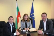 """""""Томас Кук"""" търси възможности за увеличаване на пазарния си дял в България, като се очаква между 160 и 180  хил. туристи да ни посетят през лятото"""